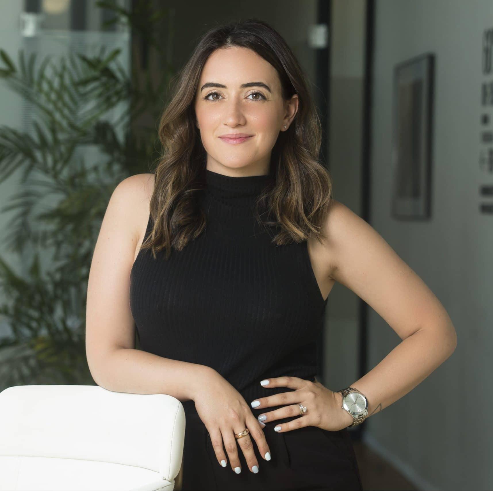דנה כוכבי מנהלת תחום הרצאות ותקשורת