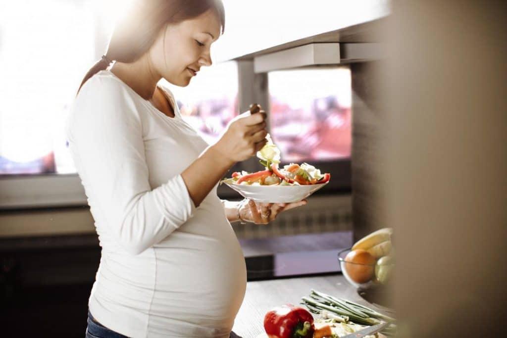 תזונת הריון - הקליניקה לתזונה וטיפול בהפרעות אכילה בניהולו של שחר כוכבי דיאטן קליני